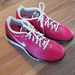 Nike Training Hypertr Womens Size 10 Tennis Shoes